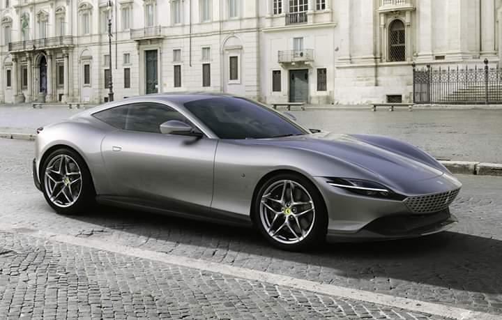 """Ferrari Roma, un nou model pentru """"căluțul din Marranello"""""""