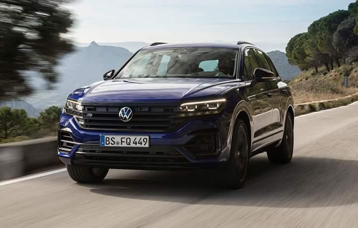 """VW Touareg R, versiune """"hot"""" pentru SUV-ul german"""