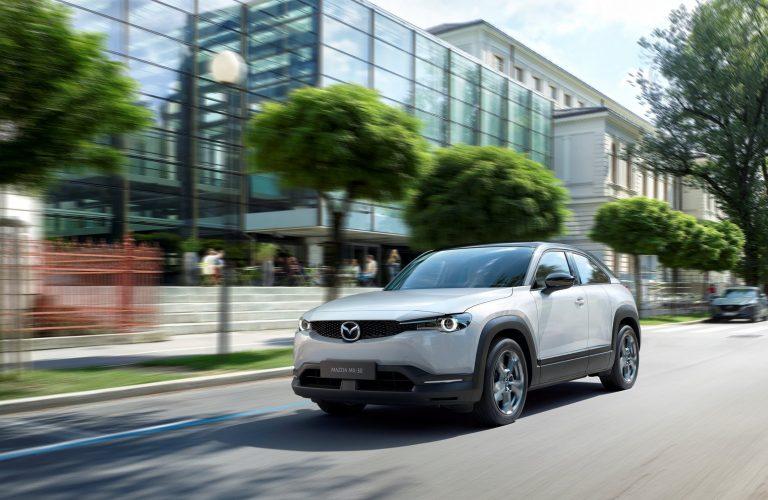 Mazda este prima companie care a dezvoltat bioplastic de înaltă calitate