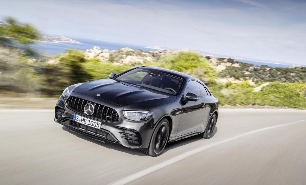 Noile modele Mercedes-Benz Clasa E Coupé si Cabriolet