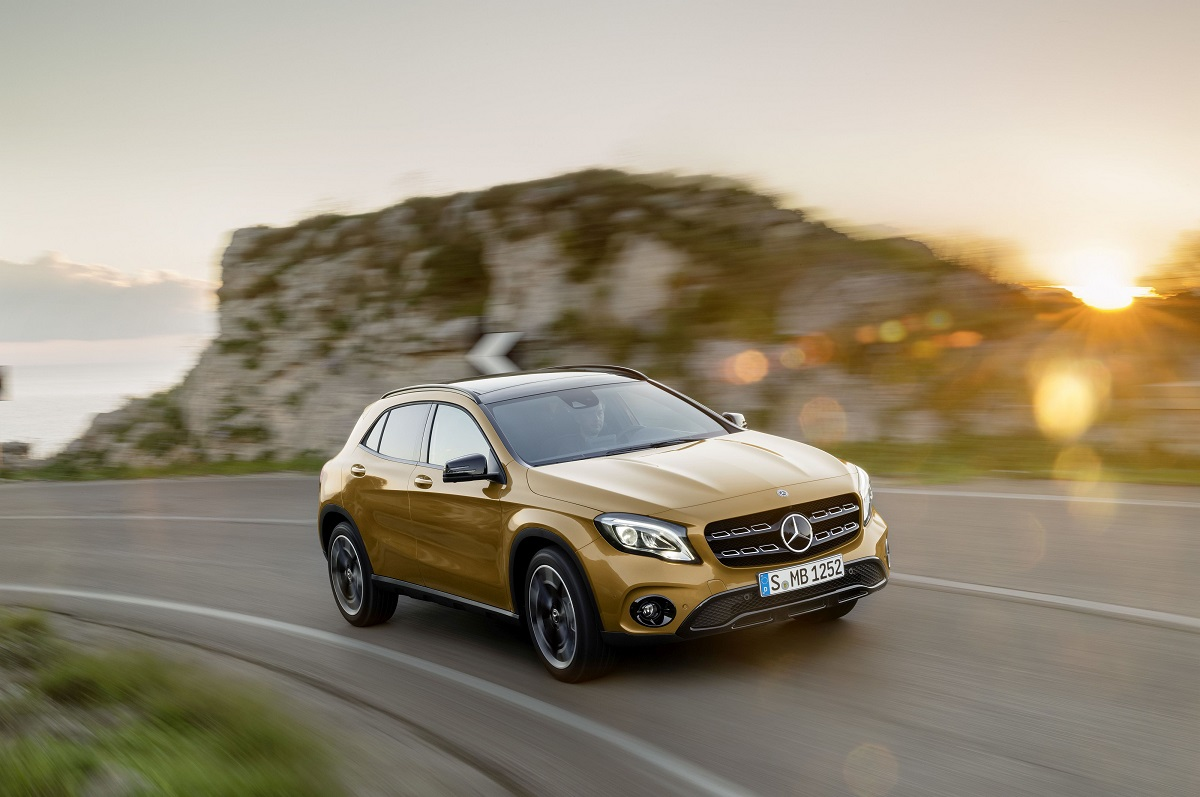 Noul Mercedes-Benz GLA a primit un facelift si vine cu motorizari noi