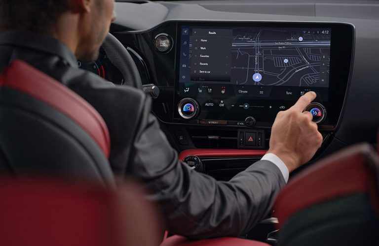 Noua generație Lexus NX 2021