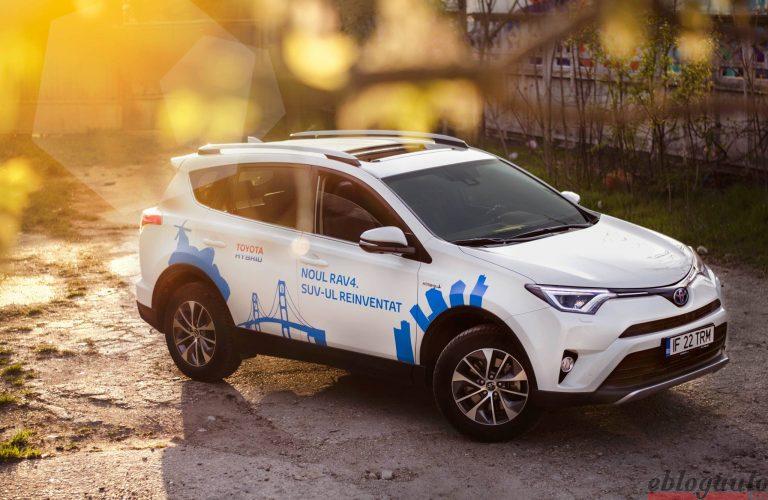 Toyota este lider in vanzarea de masini eco