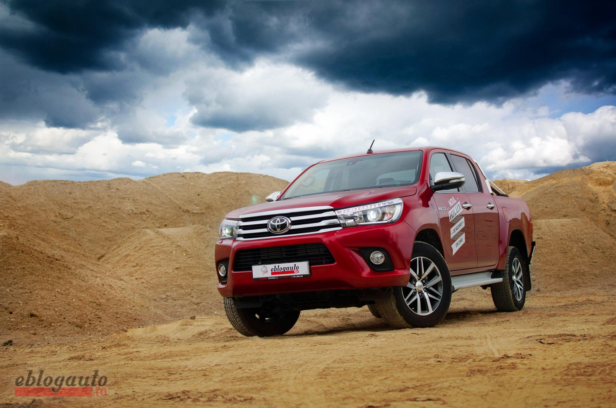 Test drive Toyota Hilux Invincible [Review & Video]