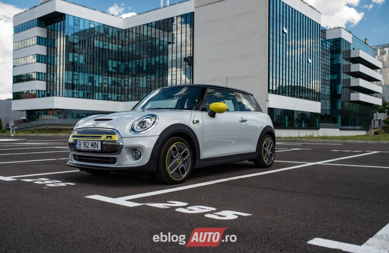 Test Drive MINI Cooper SE 2020 [VIDEO]