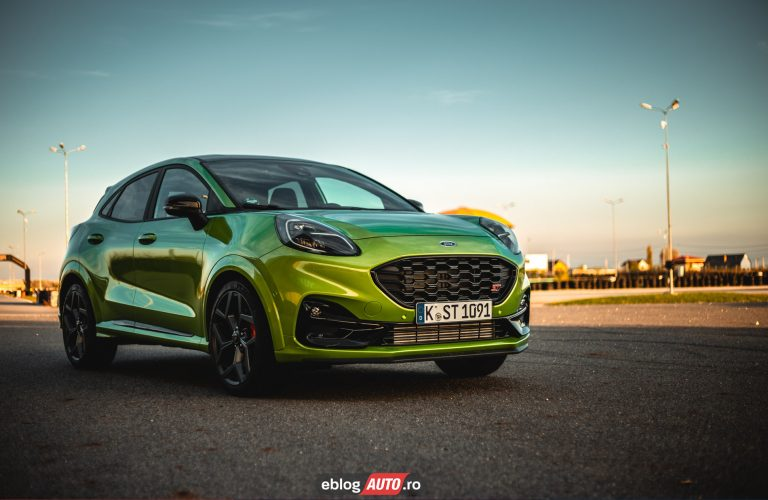 Test Drive Ford Puma ST 2020 [video]