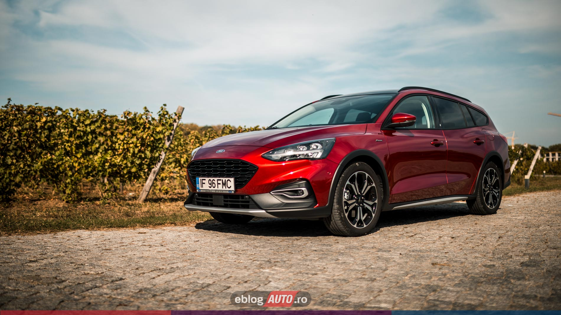 Test Drive Ford Focus ACTIVE 2020