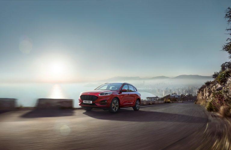 Noutăți de la Ford pentru 2019: Kuga, Tourneo Custom Hybrid, Explorer și Puma